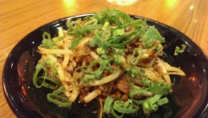 Bean sprouts with minced pork