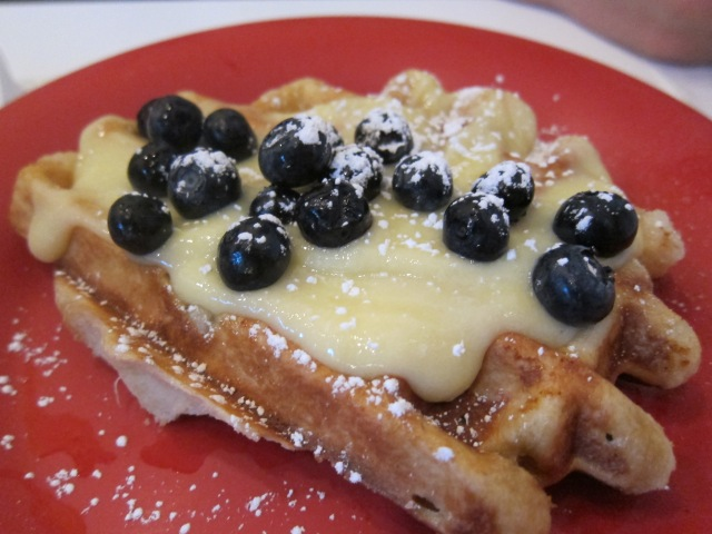lemon curd and blueberries sweet waffle