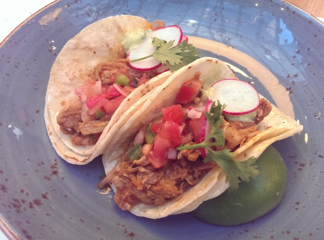 pulled pork tacos corbeaux