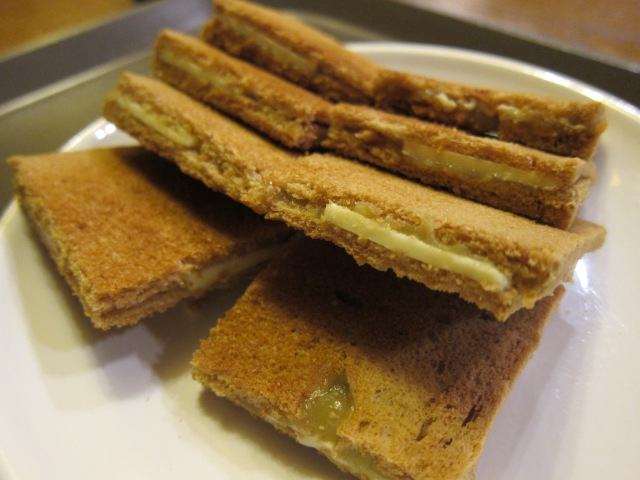 original kaya toast (3300 won)